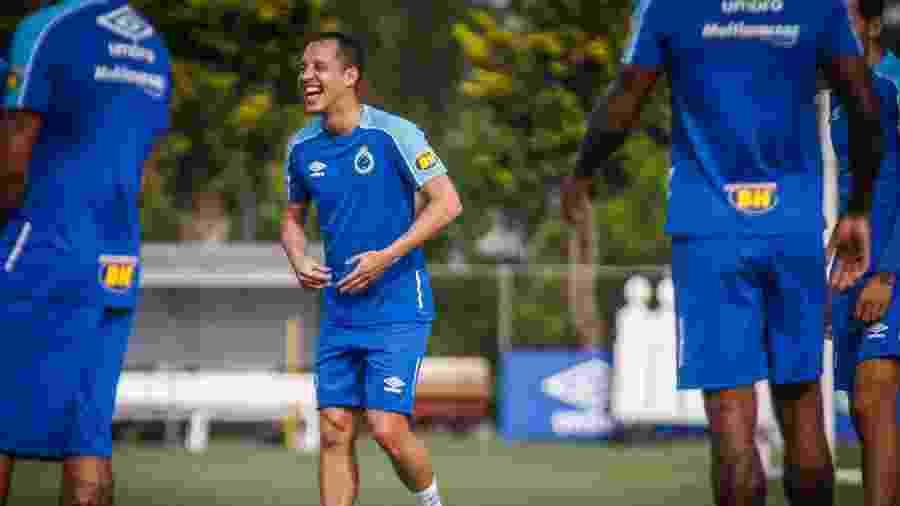 Meia chegou neste início de ano e prevê parceria de sucesso com Thiago Neves - Vinnicius Silva/Cruzeiro