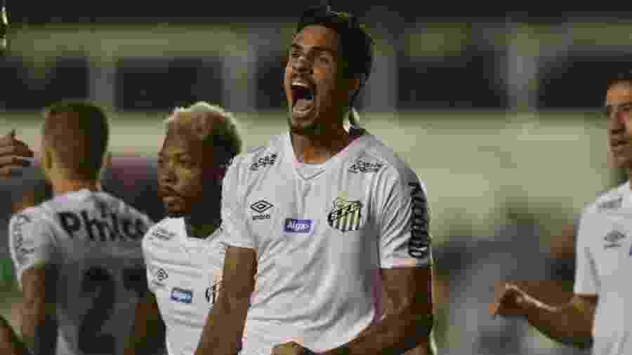 Lucas Veríssimo, zagueiro do Santos - Divulgação