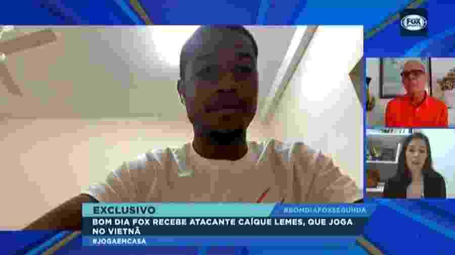 Caíque, atacante do Viettel, relata caso de racismo na Áustria - Reprodução/Fox Sports