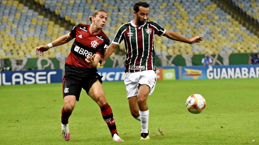 Filipe Luis, do Flamengo, acompanha Nenê, do Fluminense, na final da Taça Rio - MAILSON SANTANA/FLUMINENSE FC