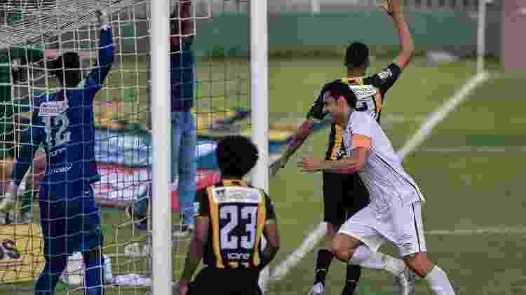 Fred marca pelo Flu - Thiago Ribeiro/AGIF - Thiago Ribeiro/AGIF