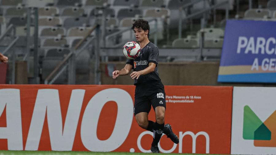 Dodô chegou ao Atlético-MG no início do ano, mesmo na reserva, ganhou moral com a torcida do Alvinegro - Pedro Souza/Atlético