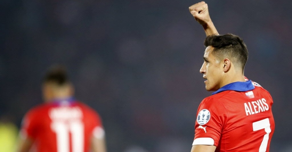 Alexis Sánchez comemora seu primeiro gol pelo Chile na Copa América