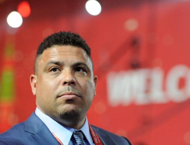 Agência de Ronaldo queria exclusividade, cláusula rejeitada pelo Corinthians