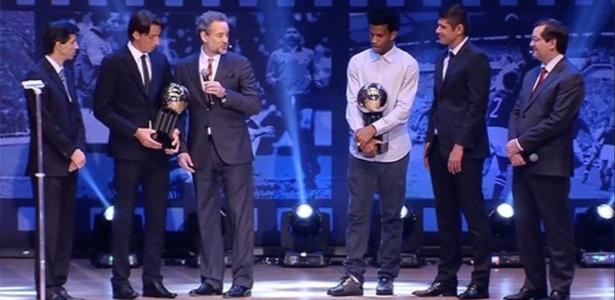 Grêmio e Corinthians colocaram quatro jogadores cada na seleção da Bola de Prata