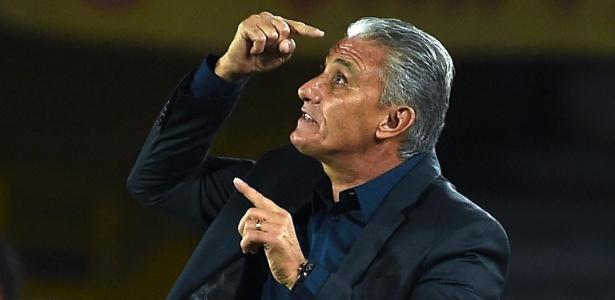 Técnico se reuniu com dirigentes da CBF na terça; no dia seguinte, deixou o Corinthians