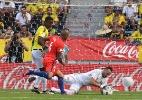 Colômbia empata sem gols com o Chile no retorno de Falcao García - Luis Acosta/AFP