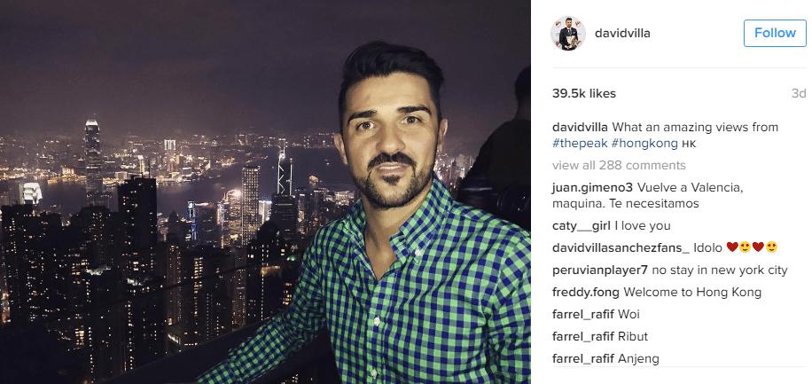 De férias da MLS, David Villa aproveita seu tempo livre para fazer uma viagem para Hong Kong