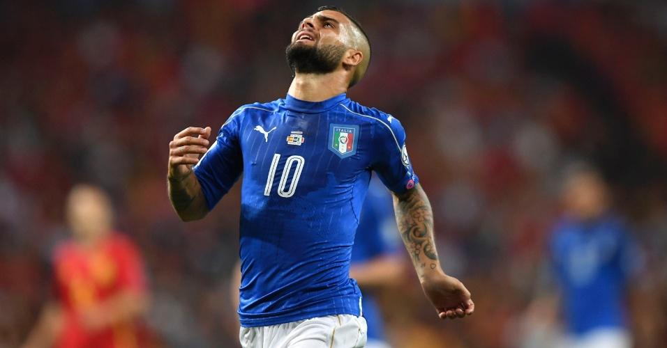 O meia-atacante Lorenzo Insigne lamenta uma chance para a Itália