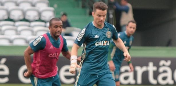 Alemão Baumjohann pode ser a surpresa contra o São Paulo