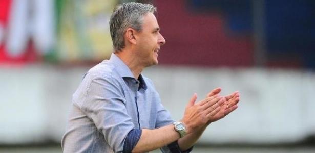 Tiago Nunes comandará o time do Atlético no Estadual, em parceria com Fernando Diniz, do elenco principal