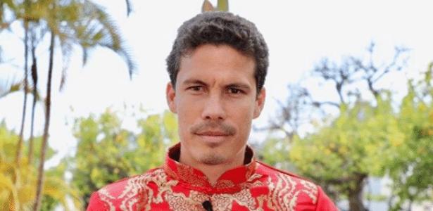 Hernanes em seu retorno à China; São Paulo consulta, mas não consegue pagar o meia