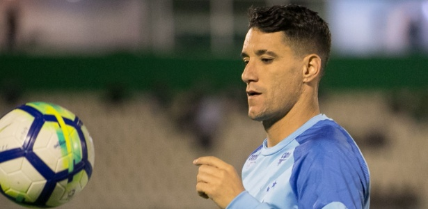 Thiago Neves não deve entrar em campo diante do Paraná, nesta quarta-feira