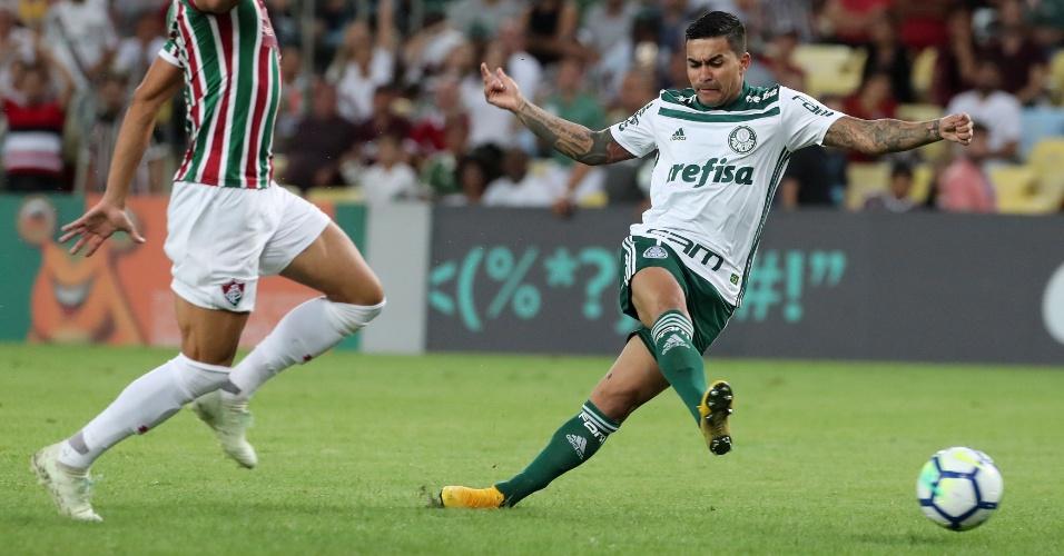 Dudu desperdiça chance de abrir o placar para o Palmeiras diante do Fluminense