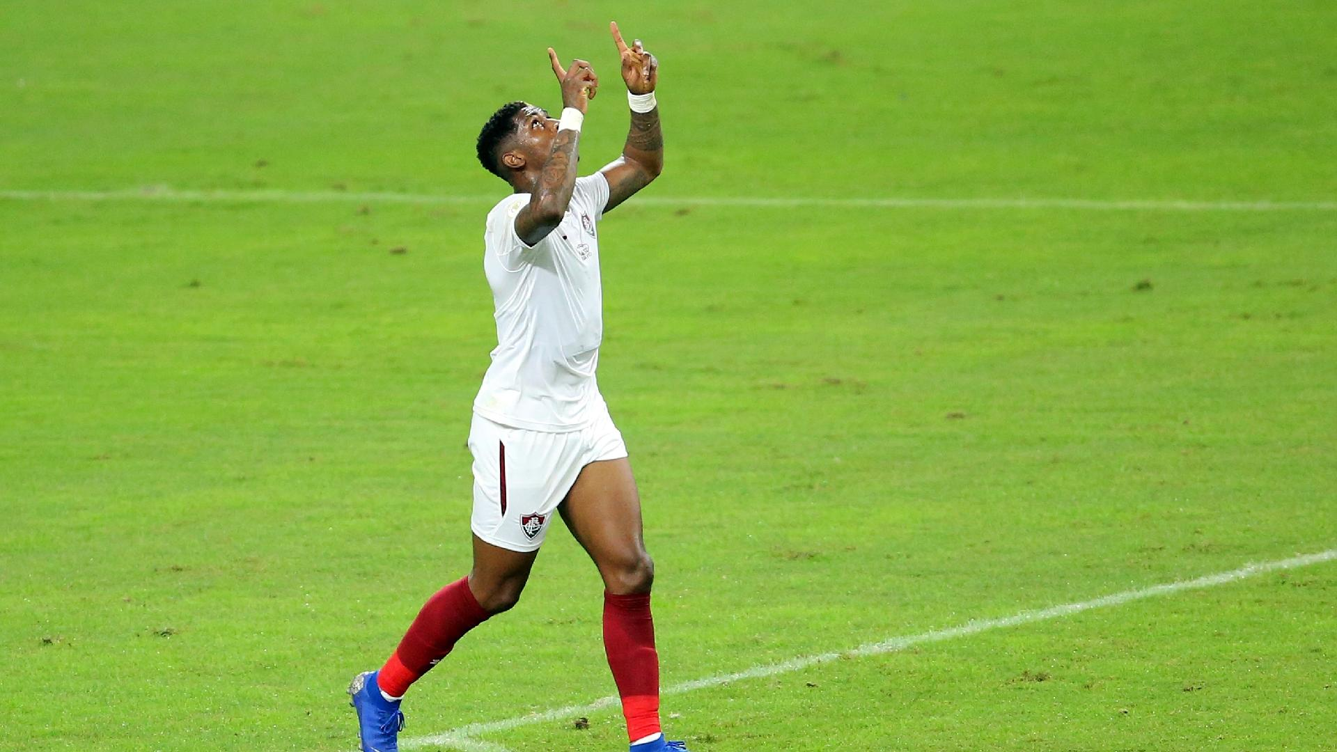 Yony González comemora o primeiro gol do Fluminense contra o Grêmio