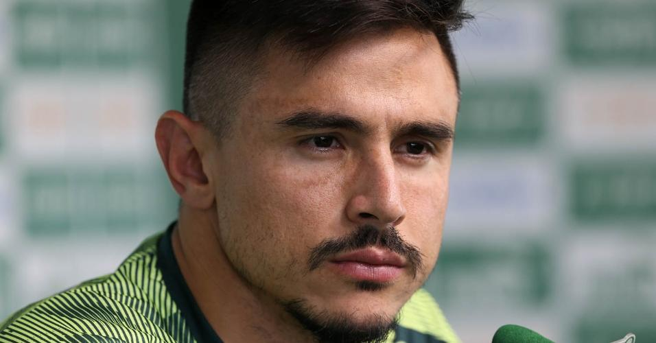 Willian, durante entrevista na Academia de Futebol do Palmeiras