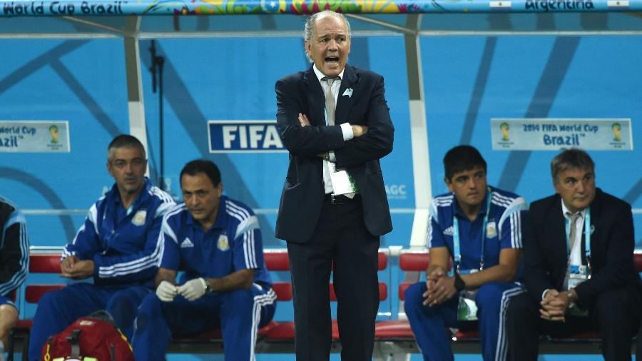 Técnico argentino Alejandro Sabella na Copa do Mundo de 2014 - AFP PHOTO / PEDRO UGARTE