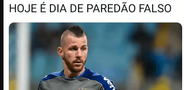 Futebol   Paredão falso? Paulo Victor vira meme após Palmeiras levar título