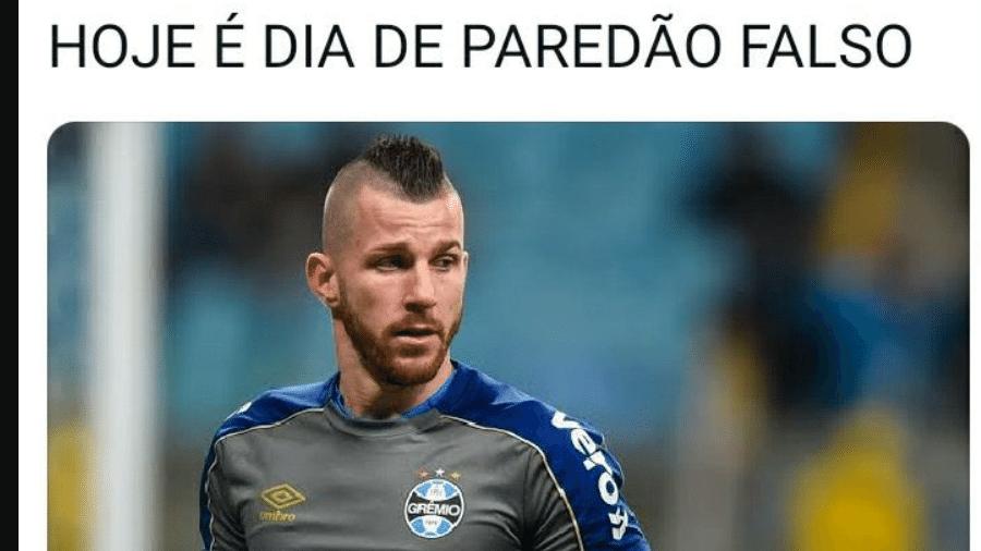 Paulo Victor foi alvo de zoeiras após falhas nos gols do Palmeiras na Copa do Brasil - Reprodução/Twitter