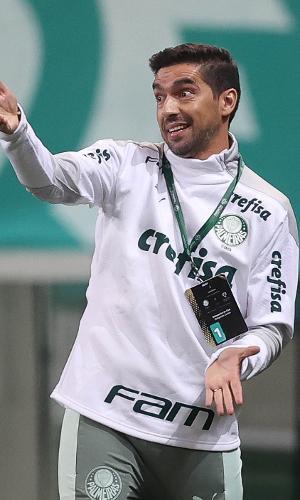 Abel Ferreira no comando do Palmeiras contra o Independiente del Valle