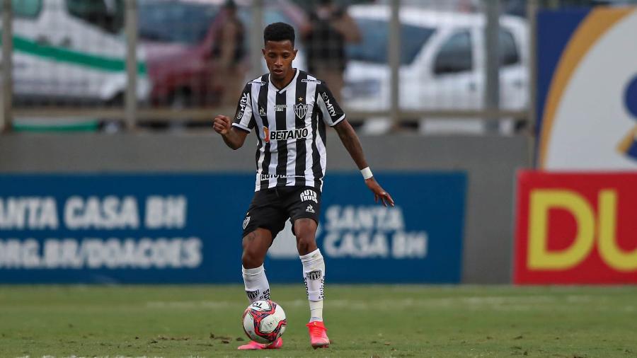 Contratado em abril pelo Atlético, volante Tchê Tchê foi emprestado pelo São Paulo ao clube mineiro até maio de 2022 - Pedro Souza/Atlético