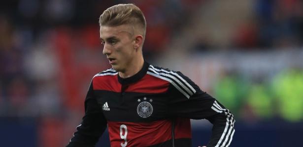 Meia-atacante de 20 anos tem passagens pelas categorias de base da seleção alemã