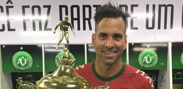 Goleiro foi capitão na campanha que rendeu o título catarinense de 2017 à Chape