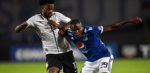 Corinthians estreou na Libertadores sem patrocínio máster na camisa