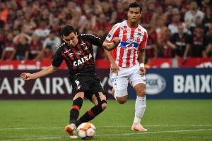 c65eeca9ae Veja as cinco razões da conquista da Sul-Americana pelo Atlético-PR