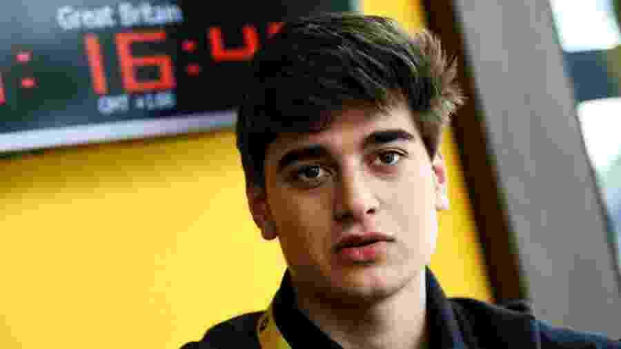 Caio Collet é piloto da academia da Renault  - Renault F1/Divulgação