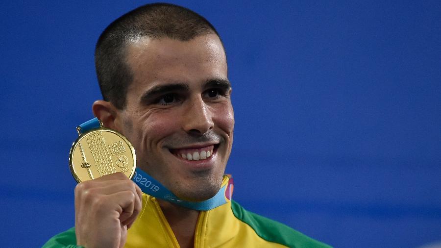 Nadador Bruno Fratus é um dos atletas de alto nível que passou a contar com apoio direto do COB - Luis ROBAYO / AFP