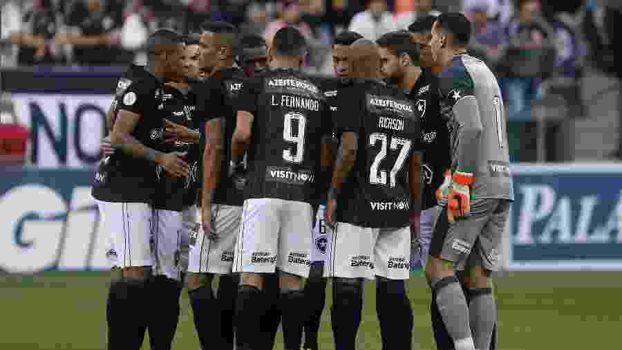 Jogadores do Botafogo concederão entrevista em área que não houver exposição de patrocinadores - Reprodução/Twitter