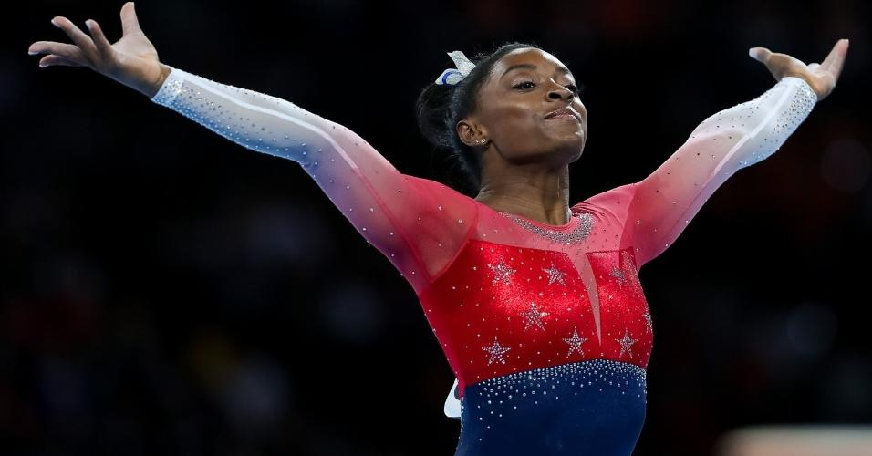 Simone Biles, durante apresentação no Mundial de ginástica artística