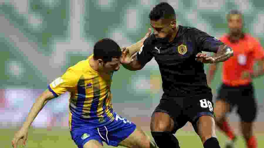 Atacante Kayke, ex-Fla, em ação epelo Qatar SC - Divulgação