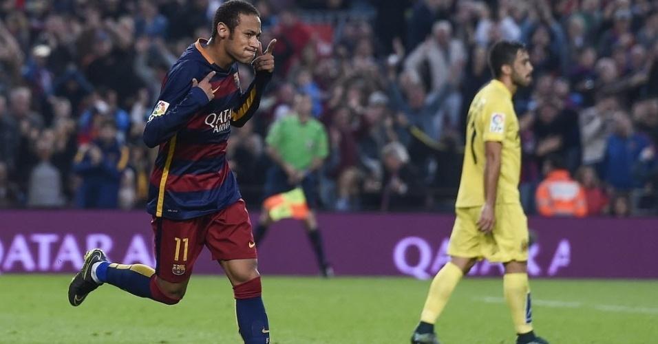 Neymar comemora após marcar um golaço, o segundo dele na vitória contra o Villarreal