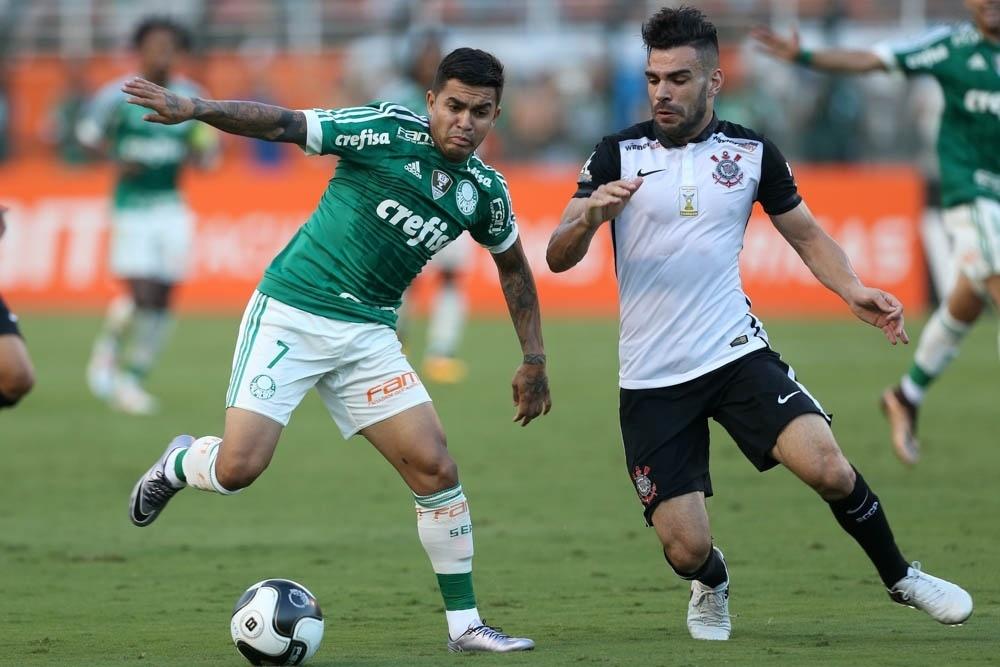 Chapéu valeu a pena  Dudu alavanca Palmeiras em gols e rixa contra rivais -  04 04 2016 - UOL Esporte f03704884d896