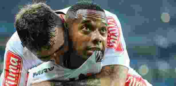 Robinho ficou fora de jogo por cansaço muscular - Bruno Cantini / Atlético
