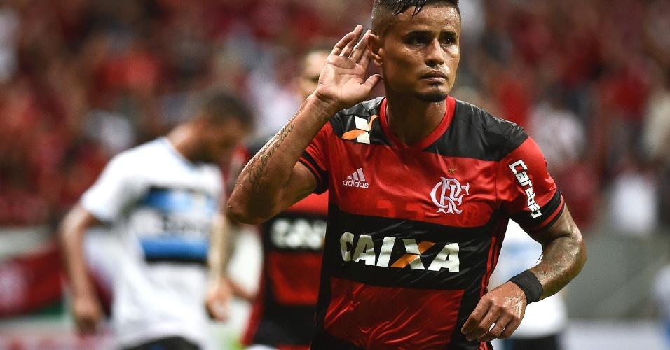 Everton marca para o Flamengo contra o Grêmio