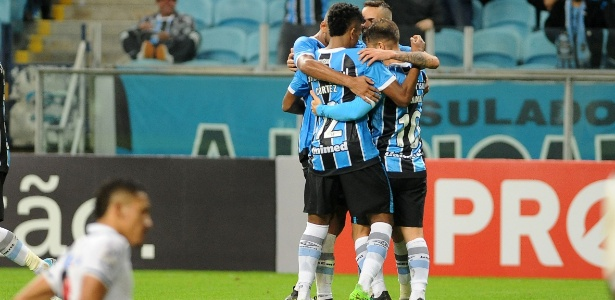 Grêmio recebe o Botafogo e precisa de vitória simples para ir à semifinal - Ricardo Rimoli/AGIF