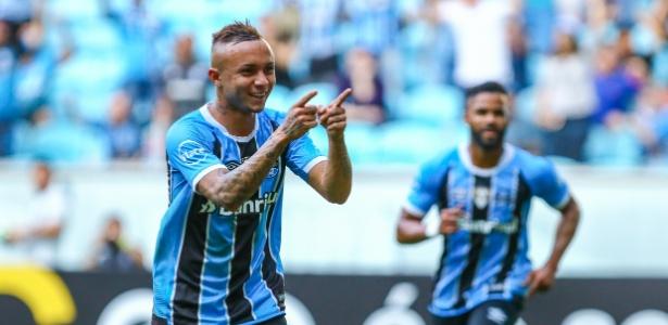 Everton é um dos reservas que o Grêmio irá preservar diante do Santos, domingo
