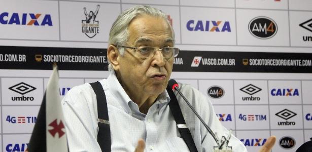 Eurico Miranda fechou patrocínio em seu último dia de mandato no Vasco