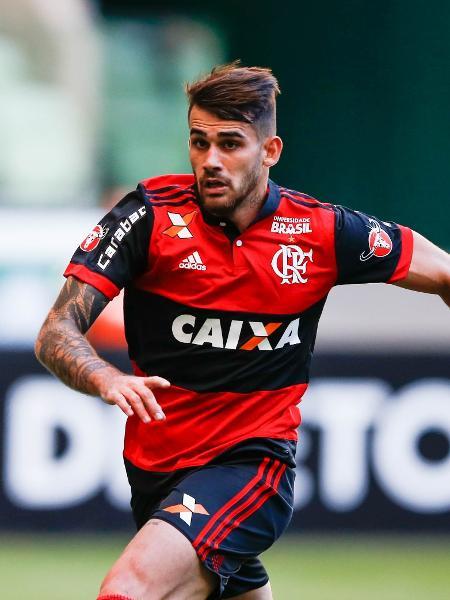 Vizeu em lance de Flamengo x Palmeiras em 2017 - Alexandre Schneider/Getty Images