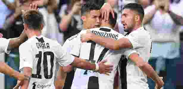 O gol do português não saiu por pouco: ele marcou em impedimento no segundo tempo - Alberto Lingria/Reuters