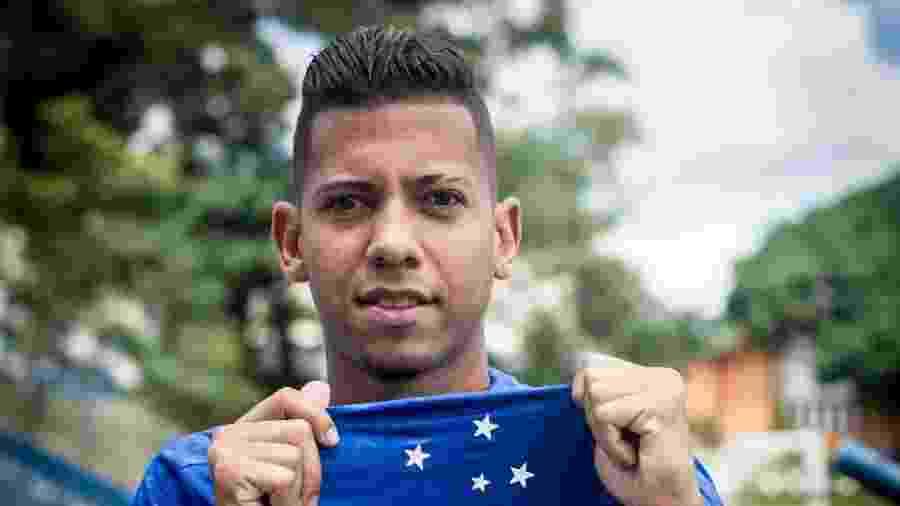 Lateral direito fechou com o Cruzeiro em março e vai participar dos treinamentos da Seleção para a Copa América - Gustavo Aleixo/Cruzeiro