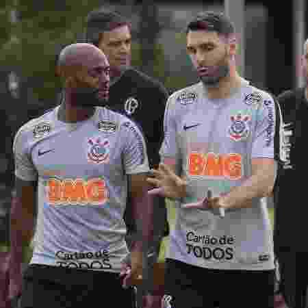 Dupla deve atuar lado a lado amanhã, contra o Athlético-PR - Daniel Augusto Jr/Ag. Corinthians