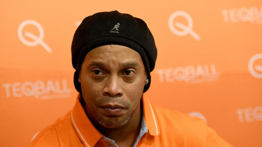 Ronaldinho Gaúcho é fotografado durante entrevista concedida em dezembro na Hungria - Tamas Kaszas/Reuters