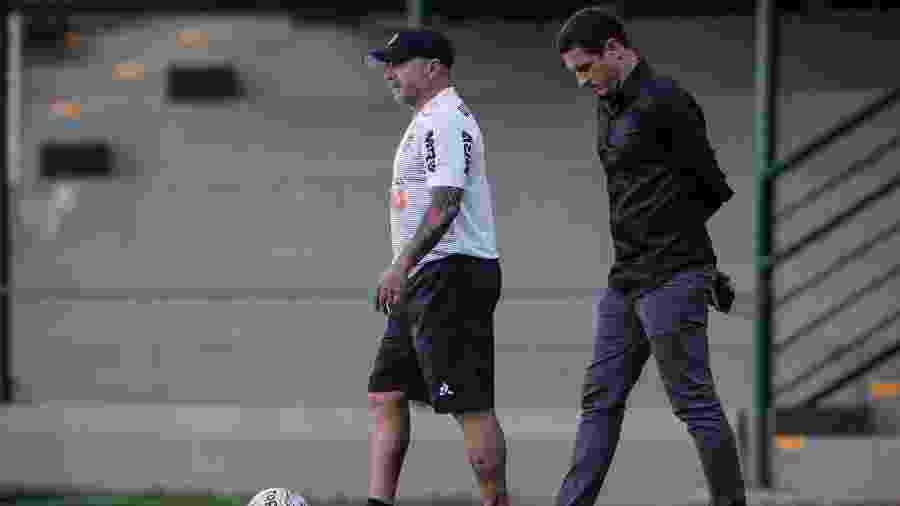 Jorge Sampaoli, treinador do Atlético-MG, ao lado de Gabriel Andreata, gerente desportivo do clube - Bruno Cantini/Atlético-MG/Divulgação
