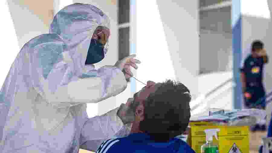 Patrick Brey, lateral esquerdo do Cruzeiro, faz exame do novo coronavírus - Gustavo Aleixo/Cruzeiro