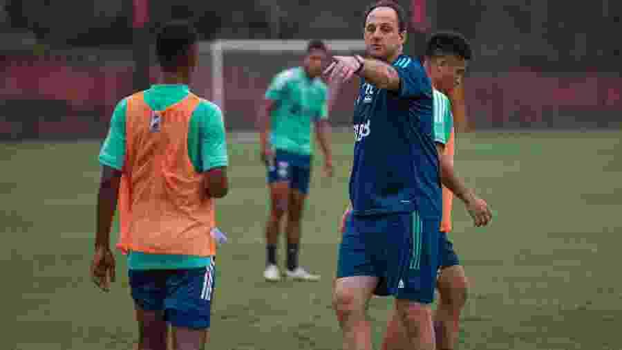 Rogério Ceni comanda treino do Flamengo - Alexandre Vidal/CRF