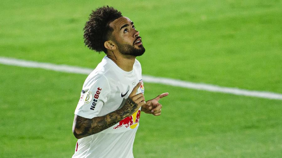"""Meia teve passagem pelo clube da capital, mas não foi aproveitado e virou """"moeda de troca"""" em negociação envolvendo Clayson - Diogo Reis/AGIF"""